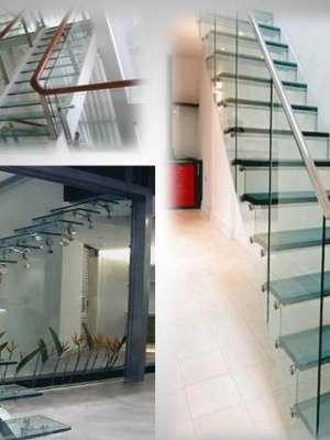Cầu thang Cửa kính cường lực